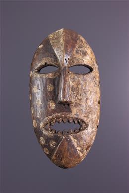 Komo Nsembu Masker