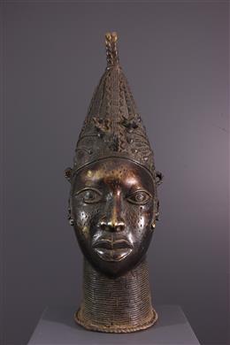 Hoofd koningin moeder Benin Uhumnwun elao