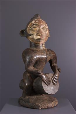 Nkanu drummer standbeeld