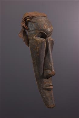 Groot Ngeende Nyibita Masker
