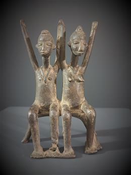Lobi paar figuren in brons