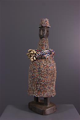 Afrikaanse kunst - Kikuyu kralen standbeeld