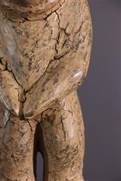 Statues africainesBamileke standbeeld