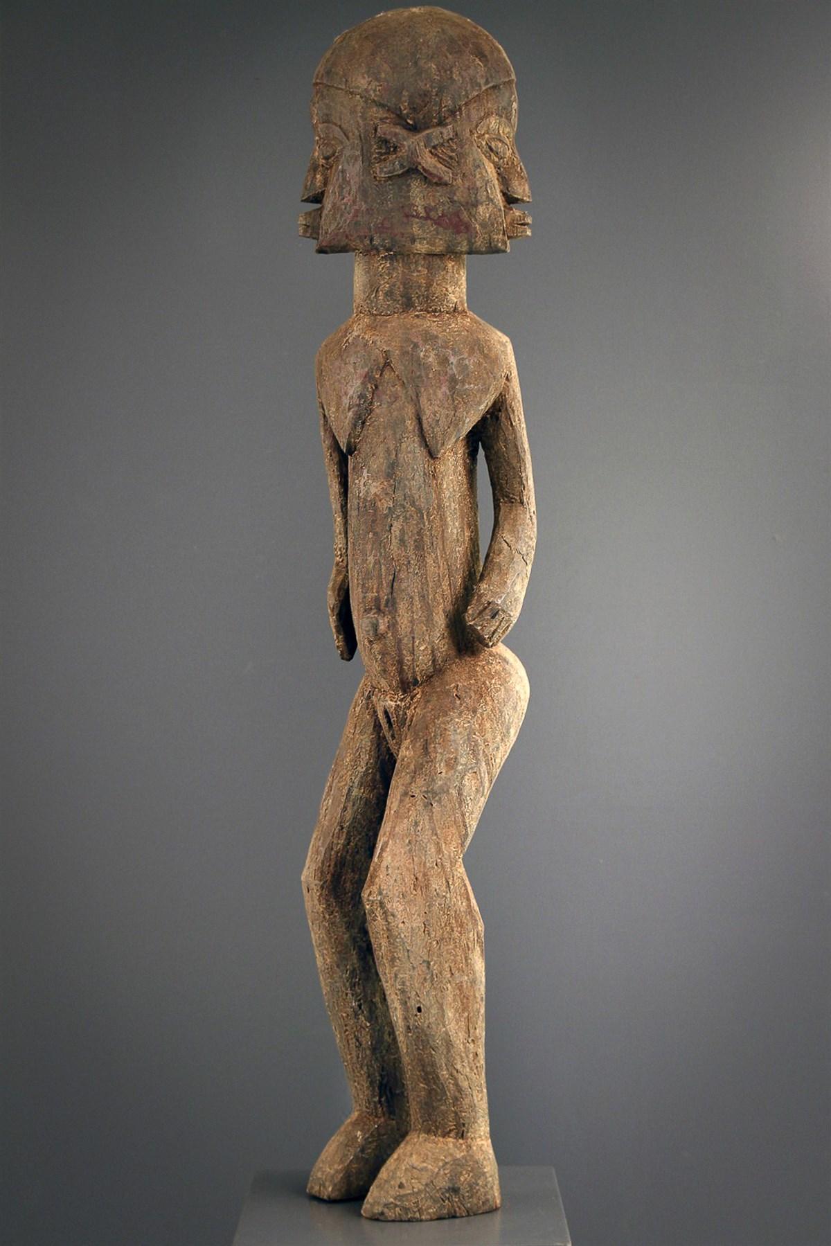 Lobi standbeeld  - Afrikaanse kunst